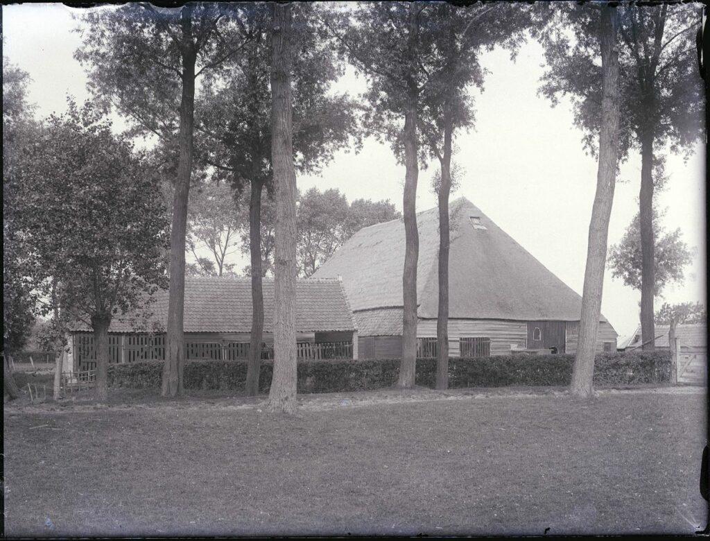 photo of a farm in IJzendijke, 1922