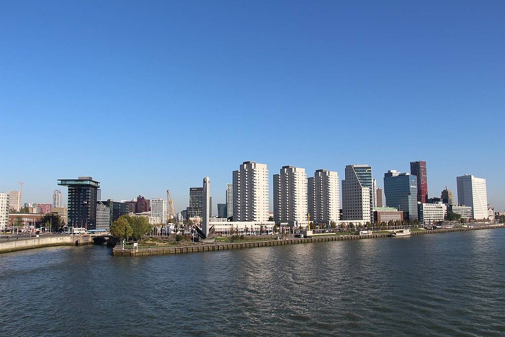 view of the river Maas and Leuvehaven in Rotterdam